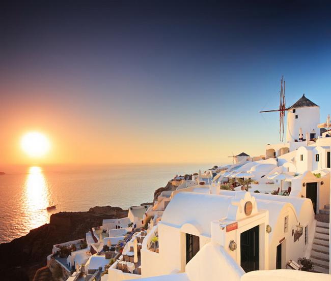 Самые романтические места Европы для отпуска. Санторини, Киклады, Греция