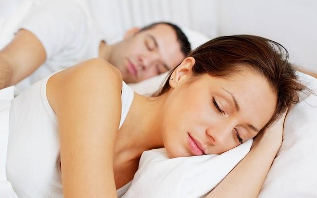 Что делать если болит шея? Как вы спите?