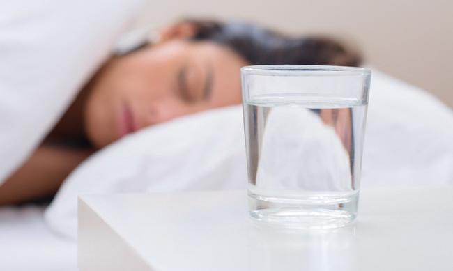 Как выработать полезную привычку всегда пить воду