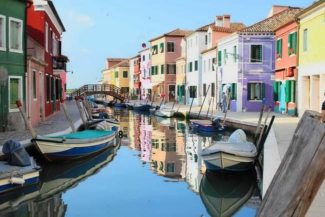Самые живописные маленькие города: Бурано, Италия