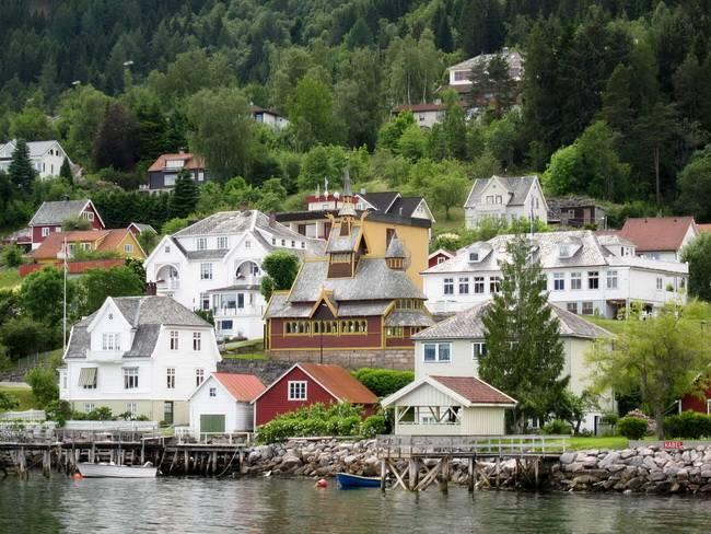 Самые живописные маленькие города: Балестранд, Норвегия
