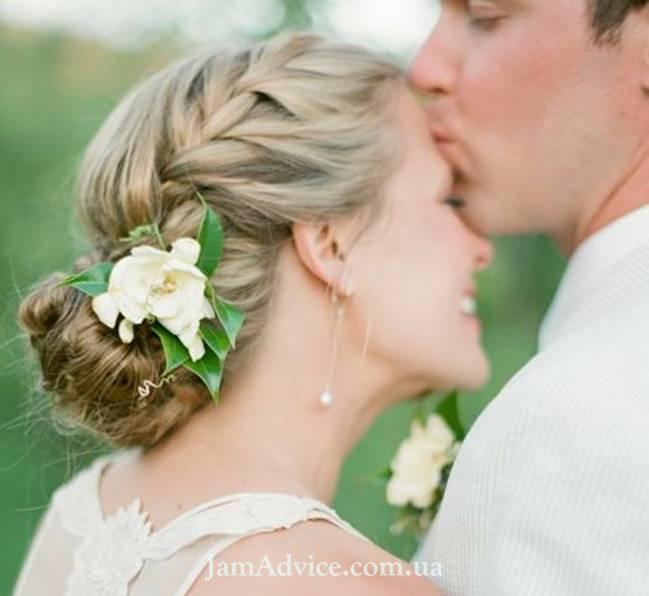 Современная свадебная прическа: четыре главных акцента