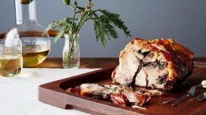 Ароматная порчетта – праздничное мясное блюдо