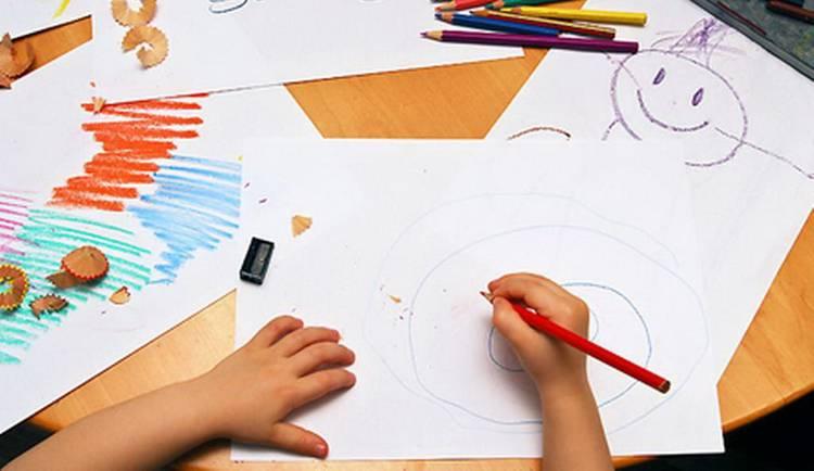 Как определить проблемы ребенка по рисунку семьи