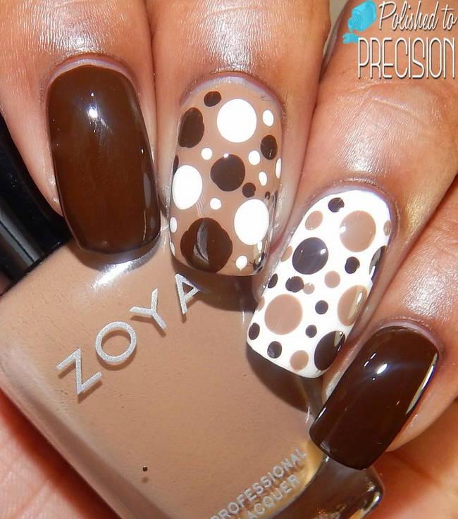 Темно-коричневый дизайн ногтей