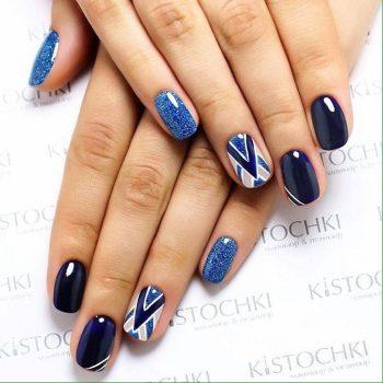 JamAdvice_com_ua_blue-glitter-nail-art_11