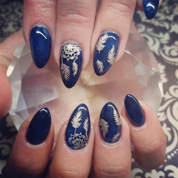 JamAdvice_com_ua_blue-nail-art-with-a-pattern_1