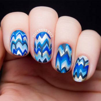 JamAdvice_com_ua_blue-nail-art-with-a-pattern_12