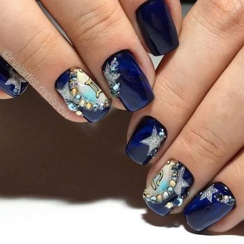 JamAdvice_com_ua_blue-nail-art-with-rhinestones_13