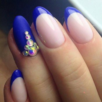 JamAdvice_com_ua_blue-nail-art-with-rhinestones_20