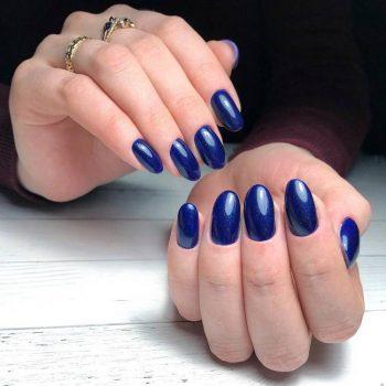 Тёмно-синий маникюр