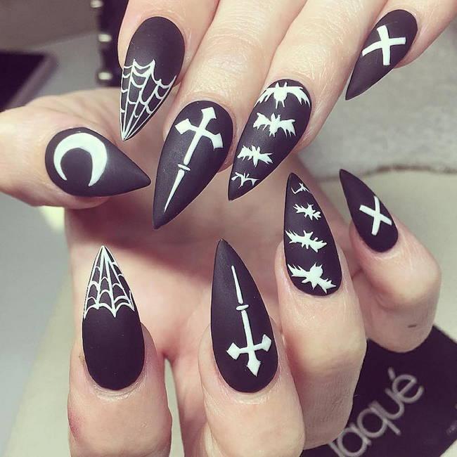 Ногти на Хэллоуин с летучими мышами