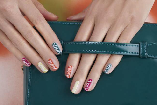 JamAdvice_com_ua_best-spring-manicure-66