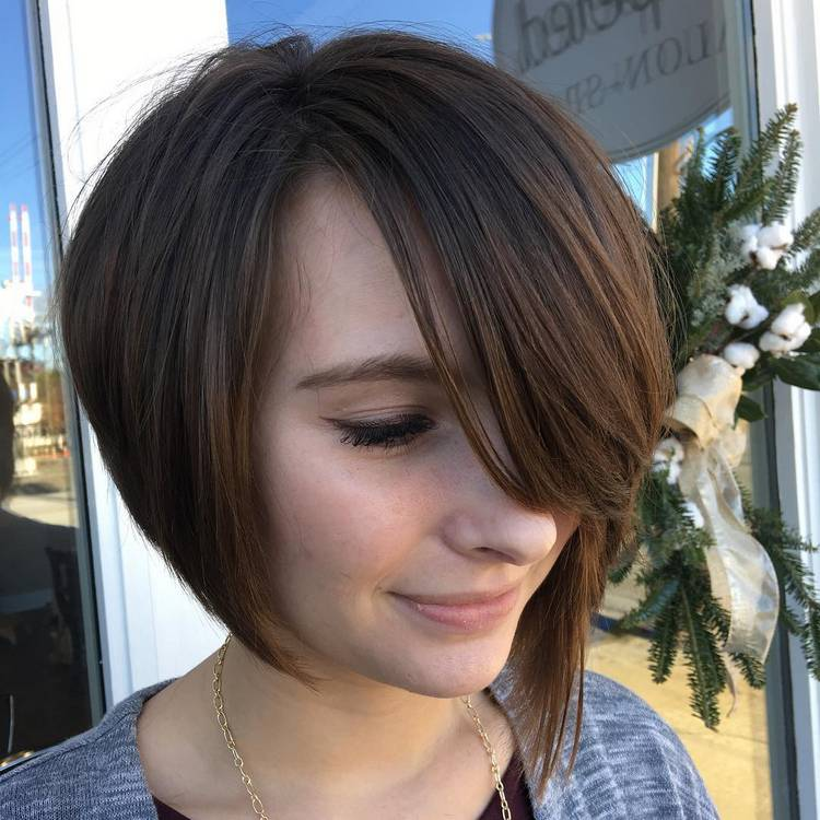 JamAdvice_com_ua_asymmetrical-bob-hairstyles-06