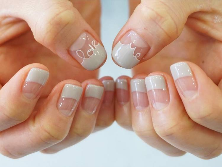 JamAdvice_com_ua_negative-space-in-the-spring-manicure-20