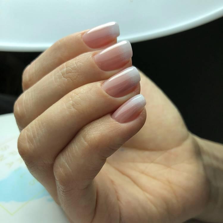 JamAdvice_com_ua_ombre-in-spring-manicure-02