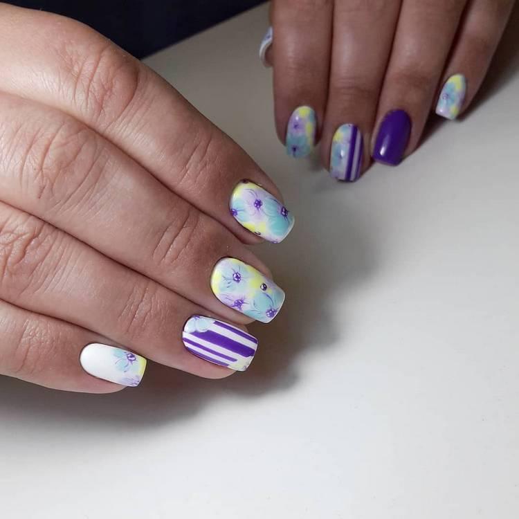 JamAdvice_com_ua_drawings-on-nails-flowers-1