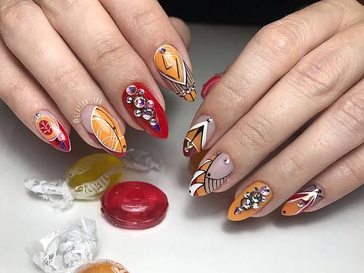JamAdvice_com_ua_drawings-on-nails-rhinestones-2