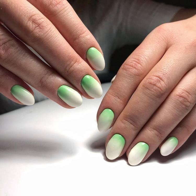 JamAdvice_com_ua_summer-manicure-2018-ombre-8