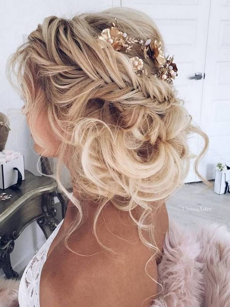 JamAdvice_com_ua_wedding-hairstyles-for-long-hair-with-braids-12