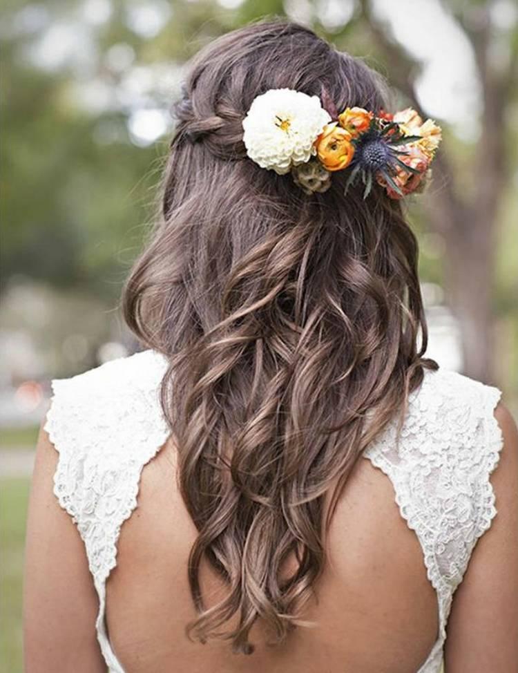 JamAdvice_com_ua_wedding-hairstyles-for-long-hair-with-flowers-12