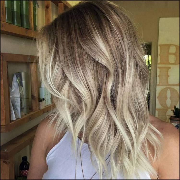 10 großartige Haarfarben für 2018.