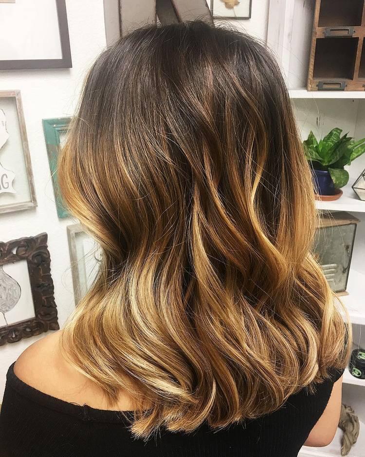 JamAdvice_com_ua_coloring-balayage-dark-hair18