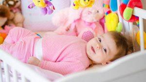 Какие игрушки нужны новорожденному