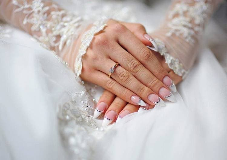 JamAdvice_com_ua_Wedding-French-manicure-2