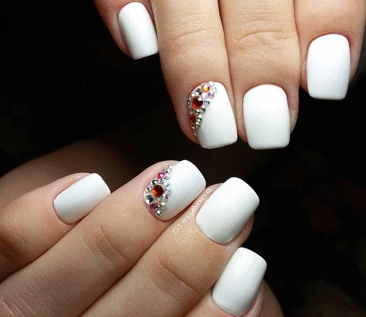 JamAdvice_com_ua_Wedding-manicure-for-short-nails-14