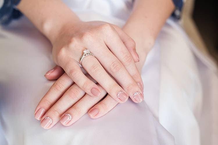 JamAdvice_com_ua_Wedding-manicure-for-short-nails-6