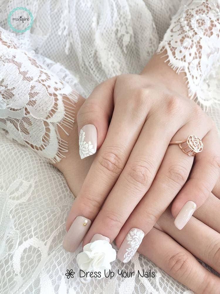 JamAdvice_com_ua_Wedding-manicure-with-lace-4