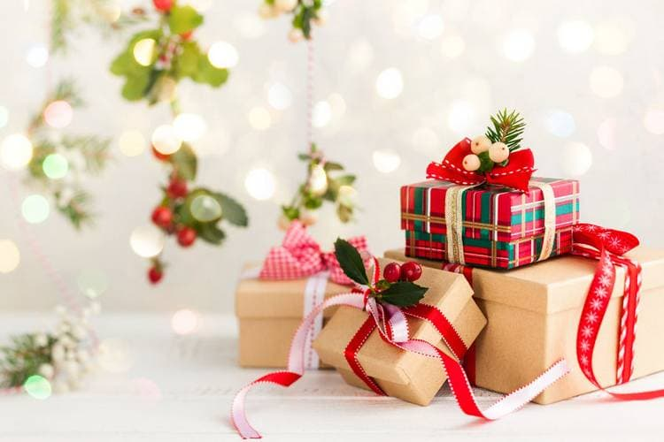 Что подарить на Новый 2021 год? Выбираем подарки