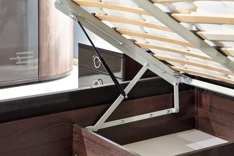 Как правильно выбрать кровать с подъемным механизмом?