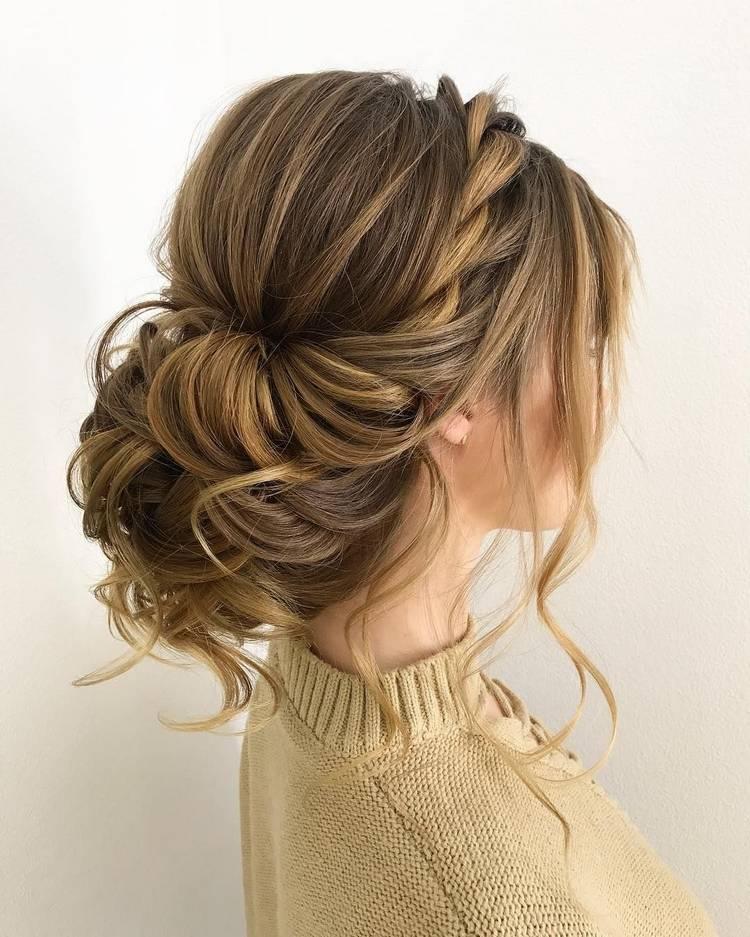 Красивые прически на выпускной на средние волосы