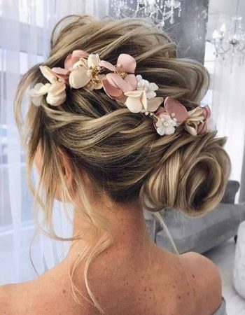 JamAdvice_com_ua_wedding-hairstyles-hair-flowers_3