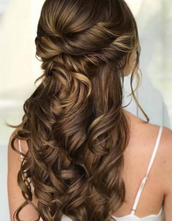 JamAdvice_com_ua_Hairstyles-for-prom-on-loose-hair_12