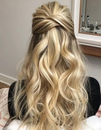 JamAdvice_com_ua_Hairstyles-for-prom-on-loose-hair_6