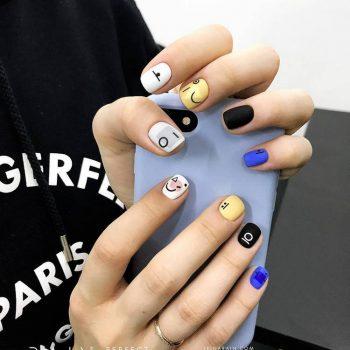 JamAdvice_com_ua_Matte-summer-manicure_6