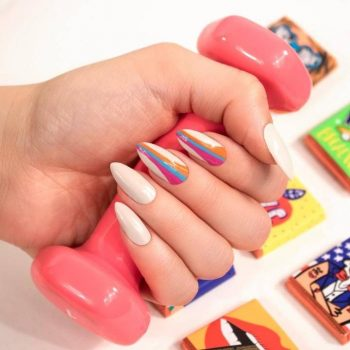 JamAdvice_com_ua_Summer-manicure-with-drawings_5