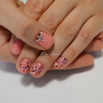 JamAdvice_com_ua_fashion-manicure-for-short-nails_7