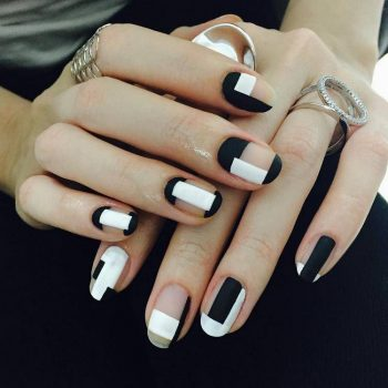 JamAdvice_com_ua_hot_black_and_white_manicure_ideas_4