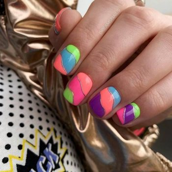 JamAdvice_com_ua_summer-manicure-2019-for-short-nails_16