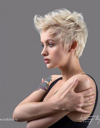 JamAdvice_com_ua_trendy-haircuts-pixie-haircut_10