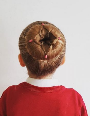 JamAdvice_com_ua_beautiful-hairstyles-for-school-Bunch_1