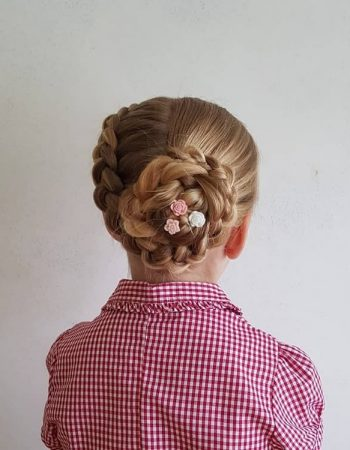 JamAdvice_com_ua_beautiful-hairstyles-for-school-Bunch_7