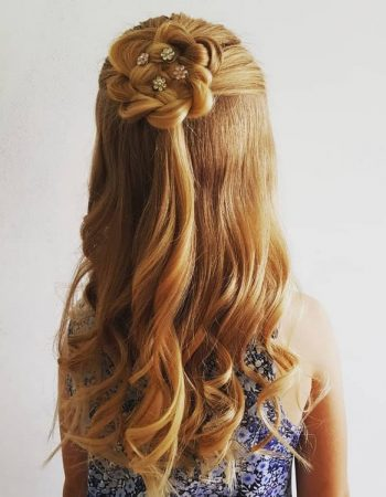 JamAdvice_com_ua_hairstyles-for-the-first-of-September-with-curls_2