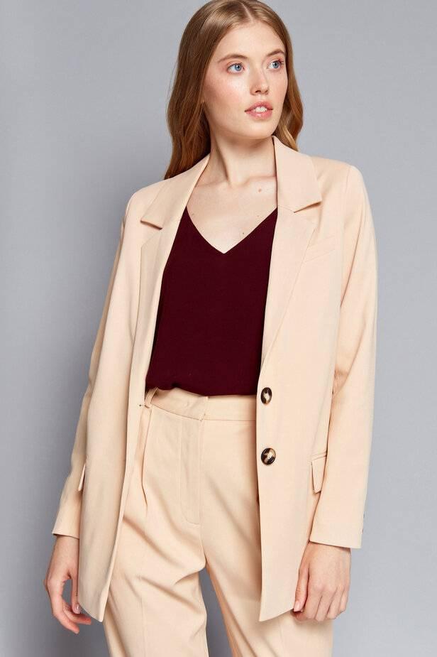 Женские пиджаки - актуальные тенденции