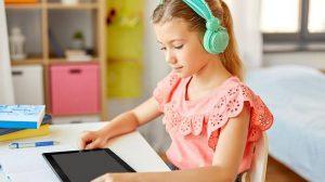 Онлайн изучение Английского языка для детей: Плюсы и Минусы