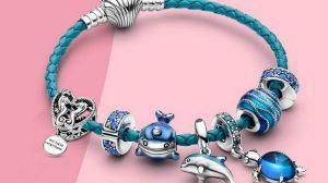 Шармы Пандора — неизбежный атрибут модных украшений